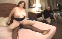 Cuckold Mature Wife Takes Black Cock